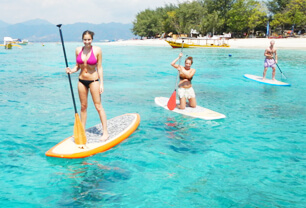 Tired of crowded beaches? Looking for prime surf locations? Think of motor vehicle free Gili Islands in Lombok.